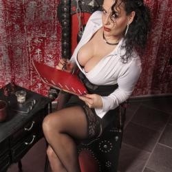 Lady Alina - Dominas und Bizarrladies Berlin