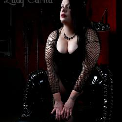 Lady Carna - Dominas und Bizarrladies Berlin